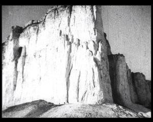Гора Біла скеля, або Гора Ак-Кая, над долиною річки Біюк-Карасу