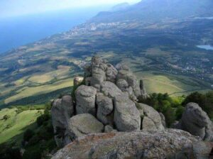 Долина кам'яних привидів