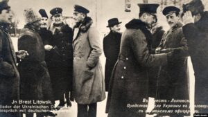 Representatives of Ukraine communicate with German officers, 1918