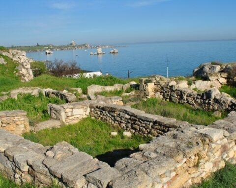 «Мурашник» на березі Керченської протоки: античне місто Мірмекій