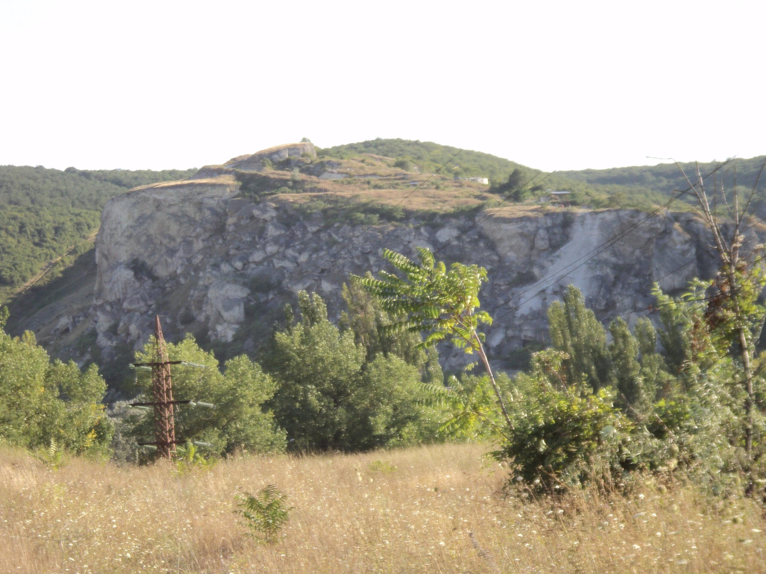 Уч-Баш (поселення і могильник) і ранньохристиянський монастир
