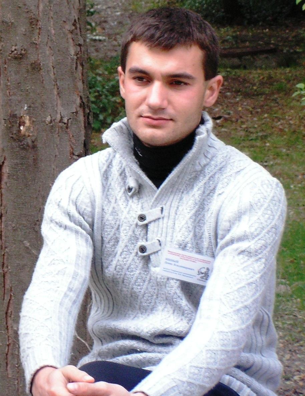 Денис Яшний
