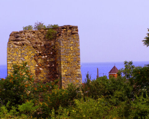 Руїни фортеці Алустон